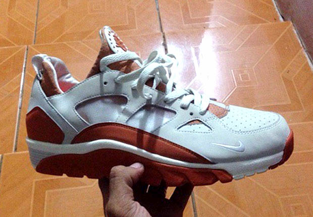 buy popular da4b5 ccebf Nikes OG Trainer Huarache Is Getting a Low-top Remake - Snea