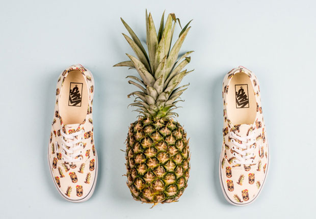 26ce9df7f3 Who would have thought a skull morphed with a pineapple would look this  cool  The latest creation from Vans with a heavy summer time lean is this  Vans ...