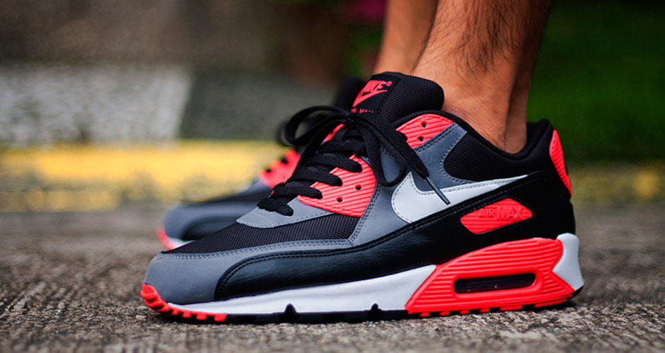timeless design 72365 ae04e The 25 Greatest Nike Air Max 90s of All-Time - SneakerNews.com
