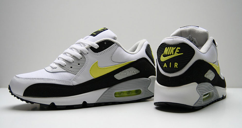 pretty nice 6d17f 7f5e6 The 25 Greatest Nike Air Max 90s of All-Time