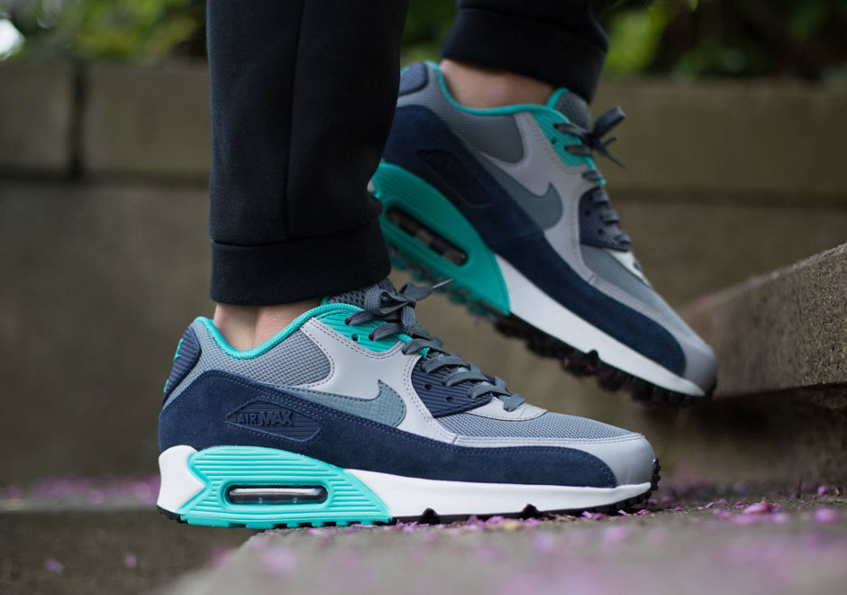 more photos ff448 1029f Nike Air Max 90