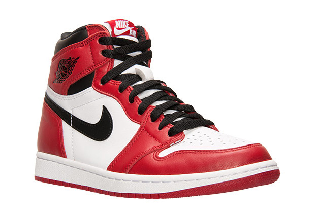 The Varsity Red colorway of the Air Jordan 1 finally gets the proper retro  treatment in a couple of weeks, and given that the shoes in original Nike  Air ...