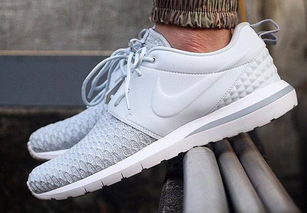 Nouveaux Designs Roshe Nike