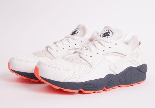 Nike Air Huarache Style Code: 318429-102