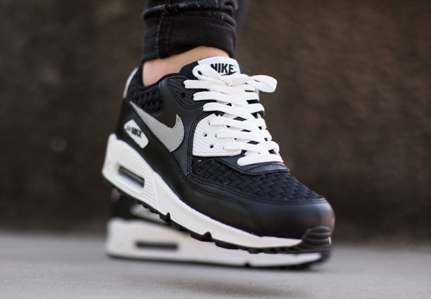 new concept e3263 38efa Woven Toe Boxes Appear On The Nike Air Max 90
