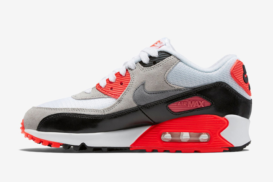 purchase cheap 764b0 601e9 A Detailed Look At This Years Nike Air Max 90