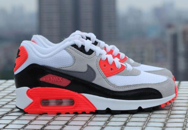 "the best attitude b519e aef3b Nike Air Max 90 ""Infrared"" In GS Sizes"