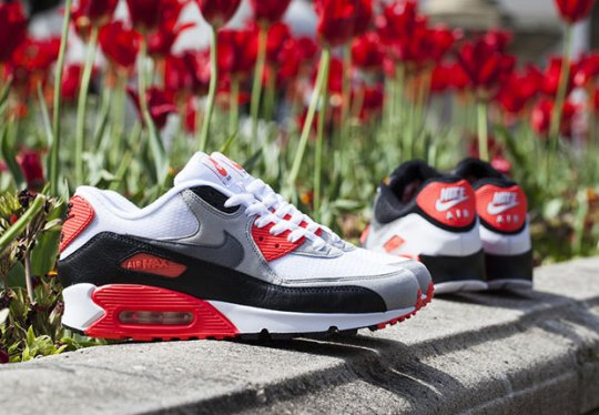 """Two Takes on the Nike Air Max 90 """"Infrared"""" Release Tomorrow"""
