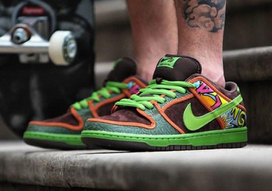 new product b6f35 d5bd3 Nike SB Dunk Low De La Soul - SneakerNews.com