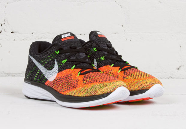 finest selection fd5b5 4aa79 The Men s Multi-Color Version of The Nike Flyknit Lunar 3 Has Returned