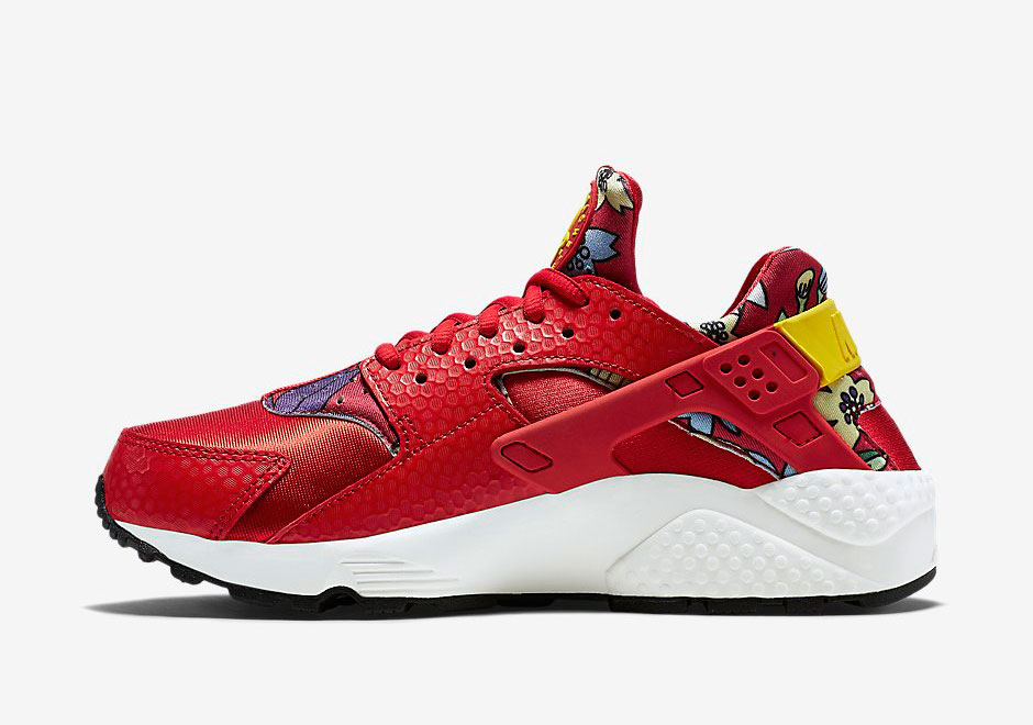 075c97561dce Hawaiian Floral Print Paired With Red on the Nike Air Huarache -  SneakerNews.com