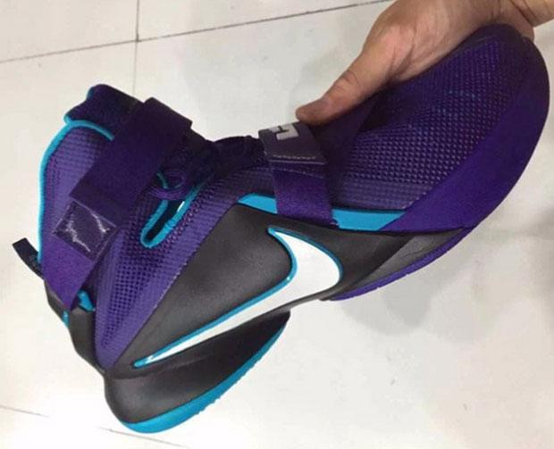 online retailer b9dbb 888ea Nike LeBron Soldier 9