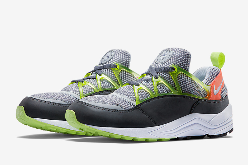 nike-releases-two-new-air-huarache-light-colorways-may-02