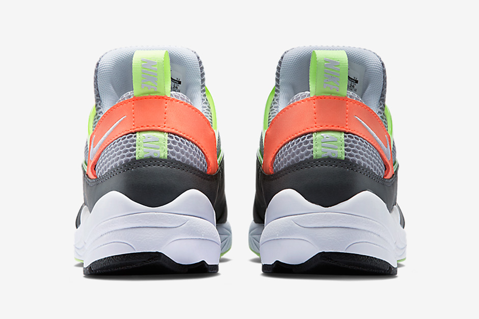 nike-releases-two-new-air-huarache-light-colorways-may-06
