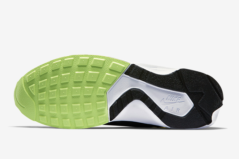 nike-releases-two-new-air-huarache-light-colorways-may-07