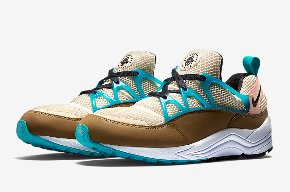nike-releases-two-new-air-huarache-light-colorways-may-08