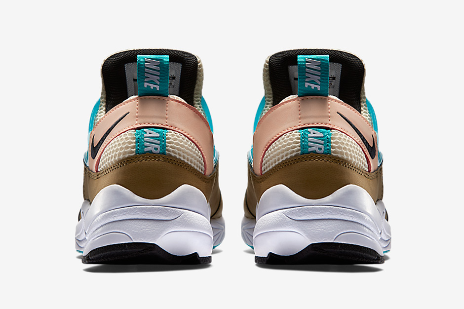 nike-releases-two-new-air-huarache-light-colorways-may-12