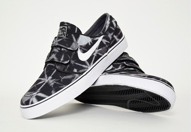 Extrêmement Nike Janoskis With Velcro Are Back With Graphic Prints  SU08