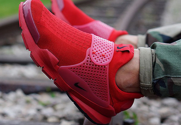 "tom parker the wanted - Nike Is Releasing An ""Independence Day"" Pack of Sock Darts ..."