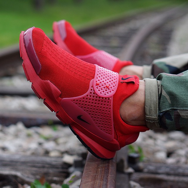 e7b57968755 hot sale Nike Is Releasing An quot Independence Dayquot Pack of Sock Darts