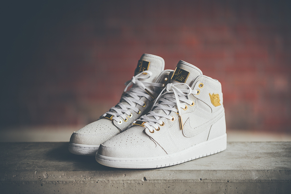 0a43f1afd2d4 Pinnacle Air Jordan 1 24k Gold