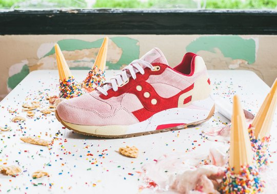 "Saucony Completes The ""Scoops"" Pack With Strawberry-Vanilla"