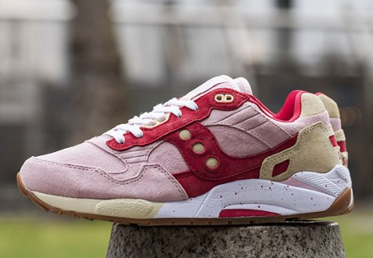 "Saucony's ""Scoops"" Pack Brings In Summer Friendly Flavors"