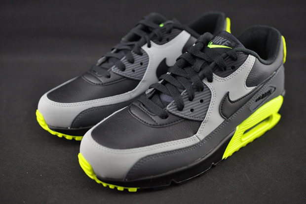 Black With Rainbow Neon Color Air Max  e4625841c