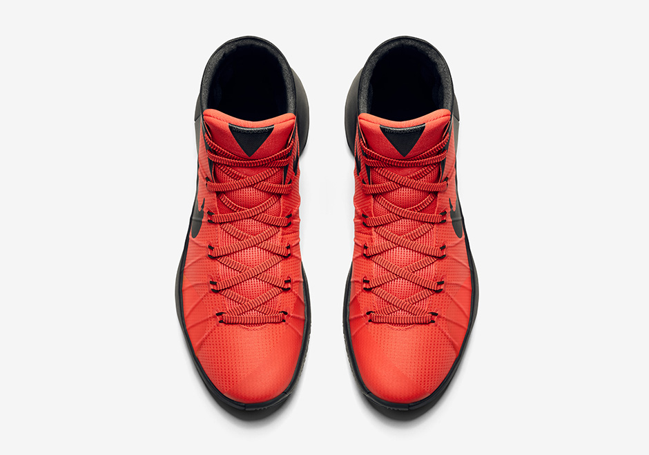 hyperdunk-2015-unveil-bright-crimson-5