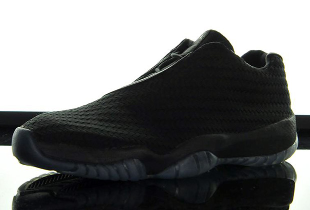 jordan-future-low-woven-black