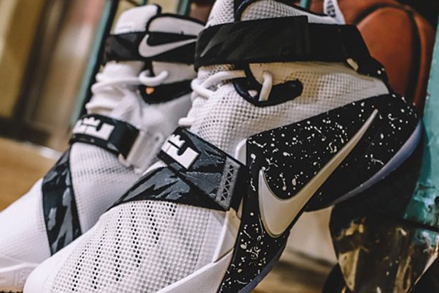 487482e800e7 You ll Have To Wait Till Next Season To See LeBron Wearing the Nike ...