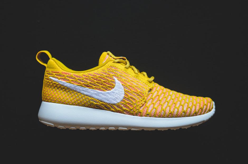Roshe Run Gold