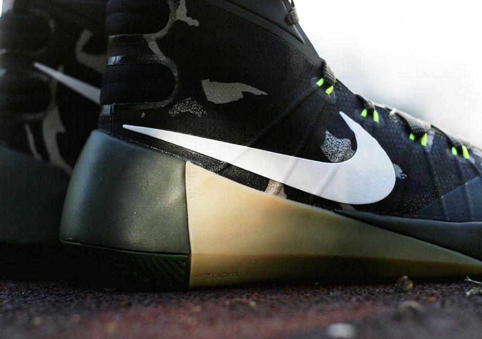 low priced 742ce f665b Nike Hyperdunk 2015
