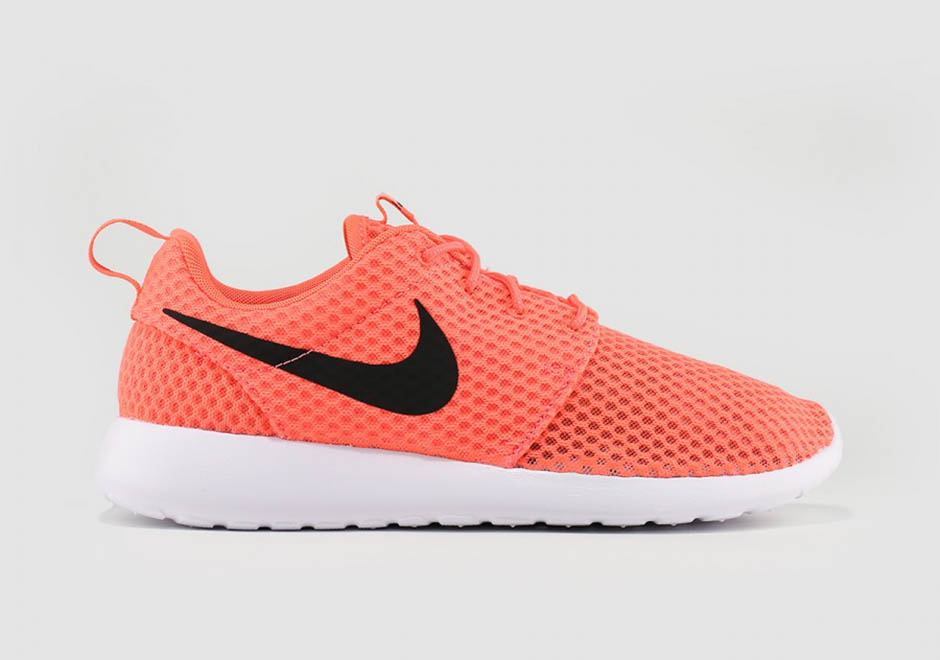 nike-roshe-run-br-hot-lava