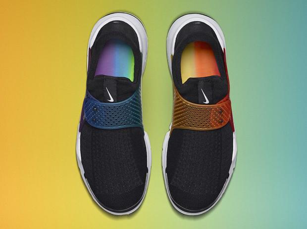 """The Nike Sock Dart """"Be True"""" Is Finally"""