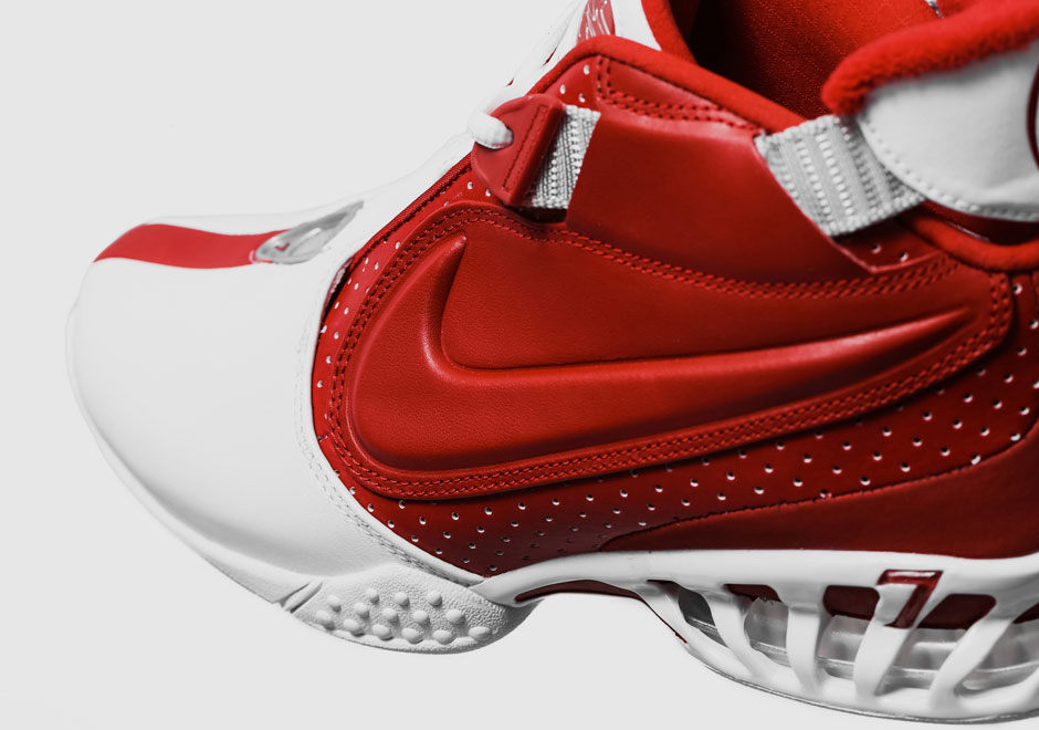 newest 38f4d abe00 The Nike Zoom Vick 2 Returns In July - SneakerNews.com