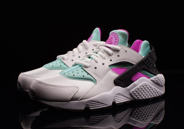 2c598616fd76 Nike Women s Air Huarache