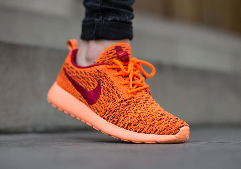 Nike Wmns Roshe One Flyknit Total Orange Gym Red Black F21r2553