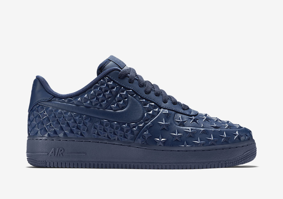 2c1075d1c88ef9 Bold Navy On The Nike Air Force 1 Low