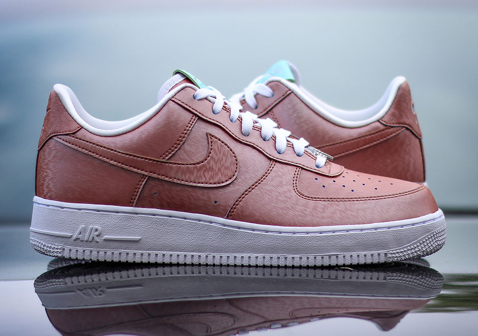 Nike Air Force 1 Low Crackled Black Court Purple