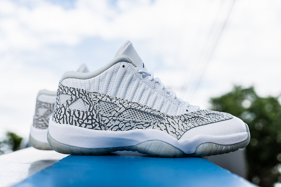 differently 530b3 d87cb A Detailed Look At The Air Jordan 11 IE Low