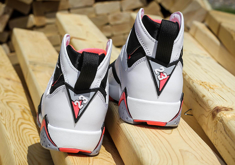 8db42750973c Air Jordan 7 Retro GG