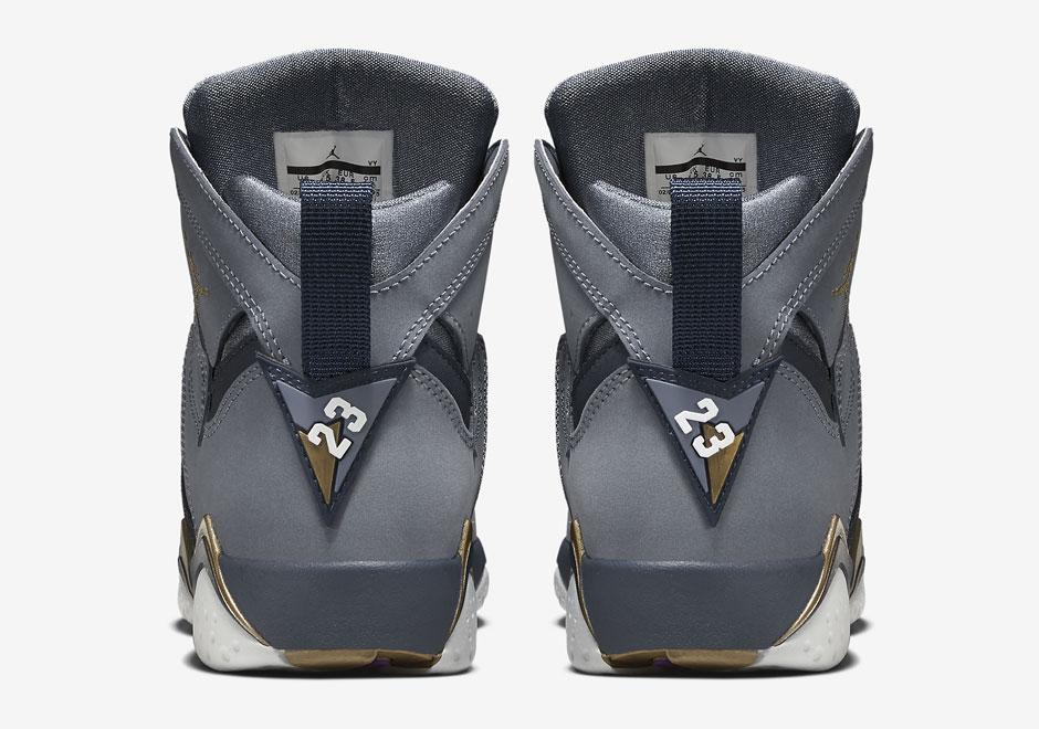 online store 339de b3627 Air Jordan 7 Retro