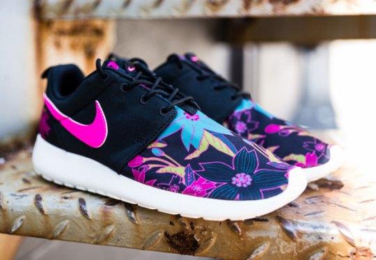"""New """"Aloha"""" Prints On The Nike Roshe Run"""