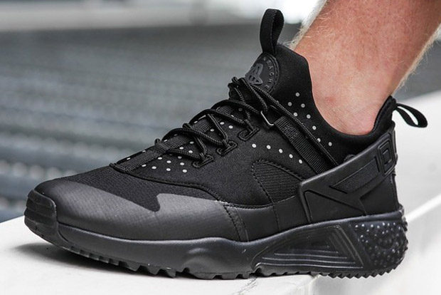 various colors 282a9 51e08 new-nike-huarache-model-in-black-3m