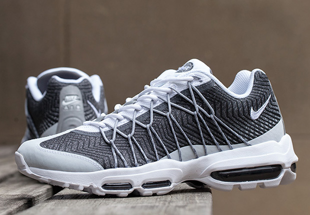 low priced ab0b0 a6f57 nike air max 95 2015