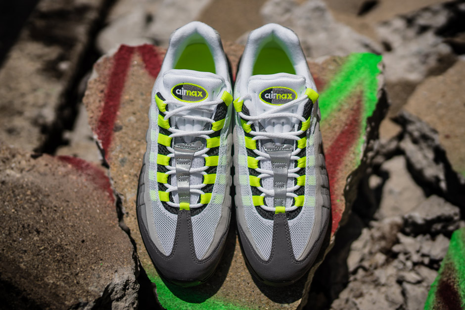 brand new 98937 84f82 ... cheap nike air max 95 neon color black volt medium ash dark pewter  style code 554970