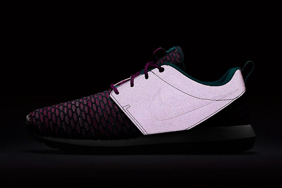 wholesale dealer 47978 bd47b The Nike Roshe Continues To Evolve With This