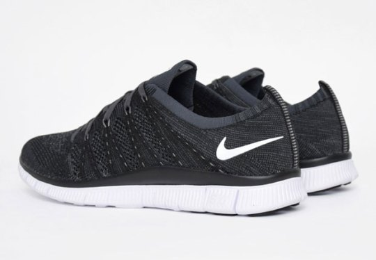 "Another ""Oreo"" Nike Flyknit Release"