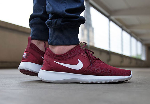 nike roshe juvenates red sneakers